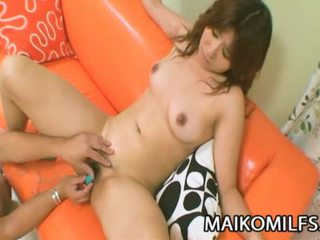 Hitomi fujiwara أقرن اليابانية موم مارس الجنس