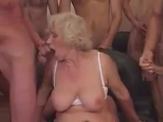 Бабичка norma в а ганг банг