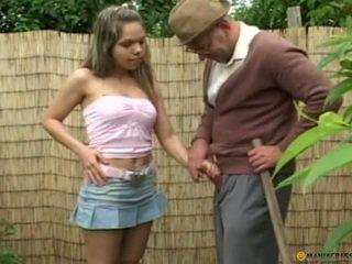 brunetta, sesso orale, adolescenza