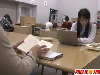 Sexy japonesa estudiante follada en la clase