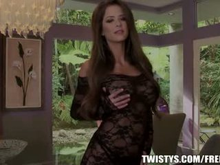 Emily addison strips আউট এর তার bodysuit