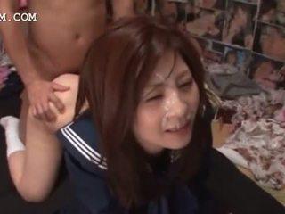 Sotkuinen aasialaiset bukkake kanssa koulutyttö perseestä sisään ryhmä