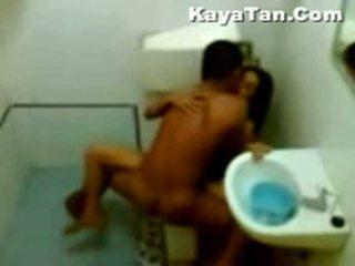 Malay seks video- in badkamer