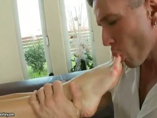 gyzykly brunette, most foot fetish fun, see pornstar Iň beti