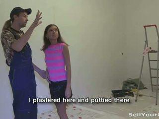 Müüma oma gf: slutty teeny marina gets raha jaoks giving tema tussu
