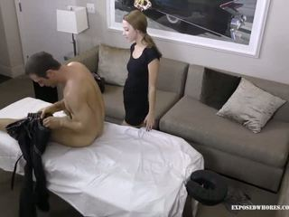 Pijet sundel lola hunter gets lucky with her client he has a huge jago