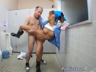 Asiatisk blowjob offentlig