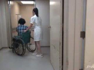 Ei are în the spital și acest gagica part1