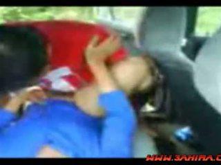 印度尼西亚 painful 他妈的 在 一 汽车