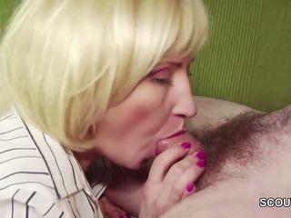 18yr starý nemecké chlapec zviesť step-mom masturbation a súložiť