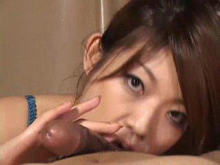 Sangat indah asia gadis reiko yabuki gives sebuah kontol sebuah besar mengisap penis video