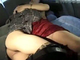 成熟した アジアの クーガー fucks 彼女の スキニー 若い lover