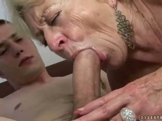 Бабця