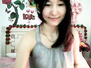 Söpö korealainen nokan tyttö tempting kanssa pullea tiainen