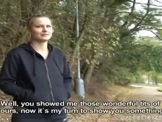 Czeska dziewczyna was picked w górę na publiczne seks