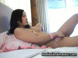 Adorable oriental amateur fucks ella misma