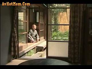 Japonesa fathers carnal lust !
