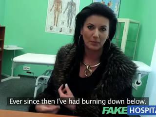 Fakehospital šikovný vyzreté sexy milfka has a sex confession