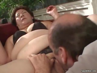 Paksuke granny: reaalne granny porno porno video 8a