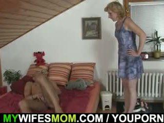 তিনি gets pleased দ্বারা mother-in-law