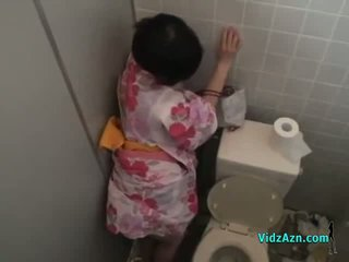 Asia prawan in kimono fucked from behind cum to bokong in the toilette