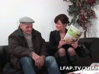 Μητέρα που θα ήθελα να γαμήσω francaise prise en double penetration par wil et papy