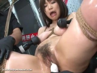 Intense japonez device suspension robie în o sex video