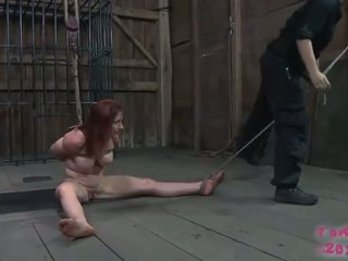 Lei loves having suo seni tied tightly