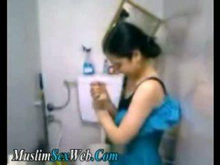 Warga mesir gf fingered dalam tandas