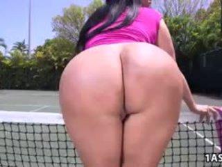 si rambut cokelat, big boobs, pantat