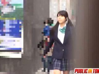 Delicious japonez scolarita enjoys sex adventure