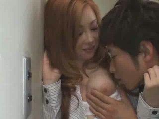 Japońskie nastolatka pieprzyć w szkoła wideo