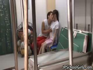 Gadis Sekolah Warga Jepun