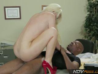 Hdvpass stor titty sjuksköterska alexis ford rides balle