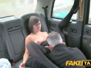 Fake taxi driver enjoys а добър милф arse rimming