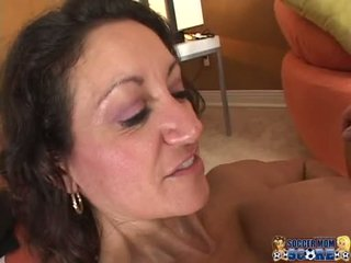 Scorching sexy persia monir gladly gets a hot load of cum on this chabr mouth