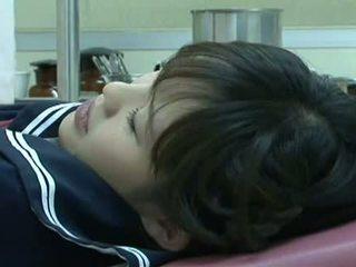 Uitgebuit bij gynecologist 01 video-