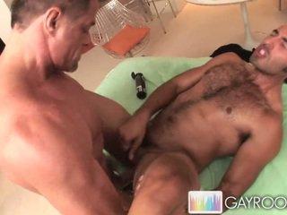 Latino Deep Tissue Massage.p8