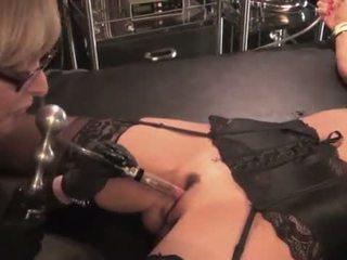 Nina hartley toying and dominating her mom aku wis dhemen jancok slut-25734 mp4574