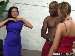 Sheila marie & alana rains vastaanottaa anaali helvetin