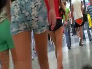 Các sừng video featuring các toàn thể công ty của nghiệp dư dolls wearing các sexy pants