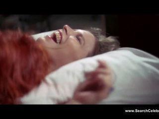 Candy clark unclothed the man ki fell da earth (1976)