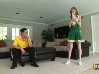 Tall cheerleader layla exx gets knullet hardt
