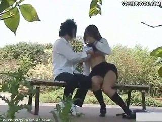 Niegrzeczne uczennica na zewnątrz seks filmed