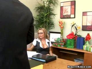 性交性愛, 男人的大雞巴他媽的, 大偵探