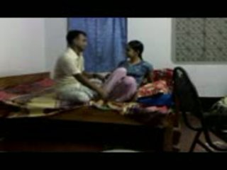 印度人 gitam bhu 女孩 cheated 由 faculty part2