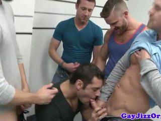 Pakunjaran line up that turns into a bj pesta seks