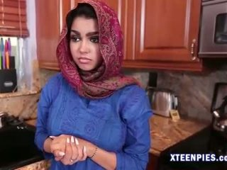 Sexy arab utie ada creampied podle velký kohout po zkurvenej