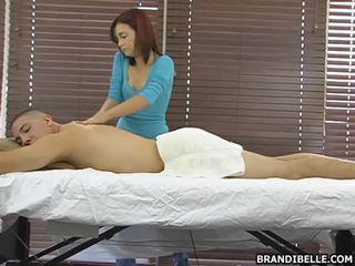 十代のセックス, cfnm, 服を着た女性の裸の男性の