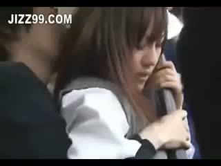 日本語 女子生徒 クリームパイ ファック 上の バス 02